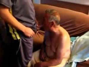 Abuelo Cachondo - Horny Grandpa