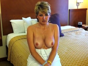 Dirty Talking Milf. 'you're Gonna Make Me Cum All Over Your Dick' !!!