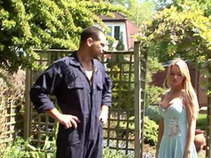 Sex Bomb Paige Ashley Seduces A Handyman For A Cock Ride