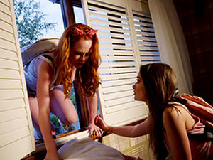 Sluts Ella Hughes And Gia Paige Sharing A Delicious Schlong