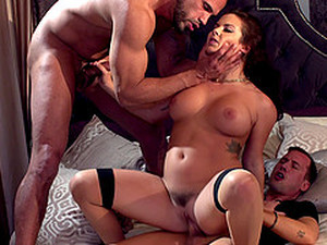 Mind-blowing Threesome With A Chick Who Owns A Perfect Body