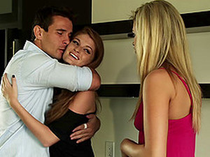 Faye Reagan & Janie Summers Suck And Ride A Dick By Turns In FFM Vid