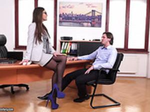 كعب عالي,زبرين في واحده,مكتب,سكرتيره,الركبه المرتفعات