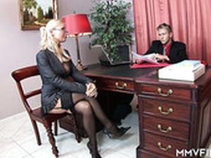 Sepatu hak,Ruang kantor,Sekretaris,Stoking