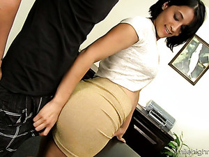 Horny Boss Lalassa Lures Her Laziest Worker For Steamy Sex In The Office