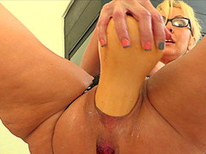 Big Glass Bottle And Thick Vegetables Stretching Her Milf Pussy