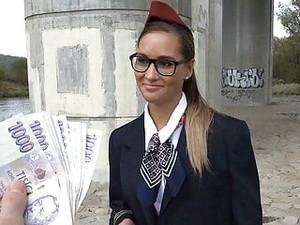 Pornô checo,Dinheiro,Aeromoças