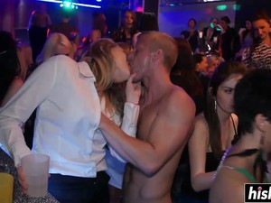 Group Fucking At A Kinky Party