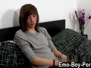 Twink Loves To Be Solo And Ugly As Fuck