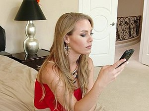 Nicole Aniston Is Back From Sex Rehab