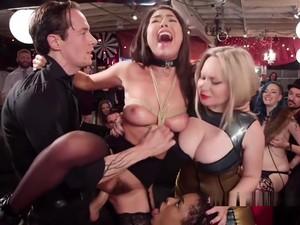 Seks mengikat kasar,Fetish,Seks grup,Pesta seks,Memukul di pantat