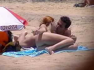 La plaja,Nudisti,Voyeur