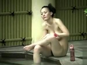 В ванной,Вуайеристы