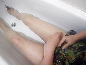 В ванной,Доминирование