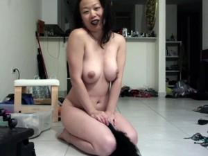 外行,亚洲色情,大奶头,跳舞,亲吻,熟妇,尿