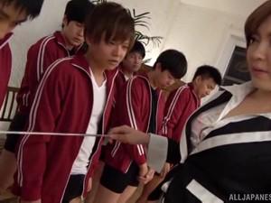 Ogata Runa Walks In A Male Physical Exam And Gets A Messy Bukakke
