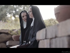 جميلة,سحاق,ضرب عشرات,راهبه,زي مدرسى,تحت الجيبة,رطب