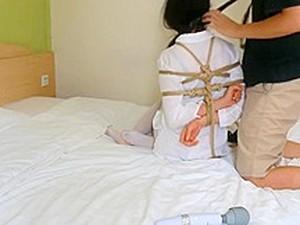 アジアポルノ,サディズム,ボンデージ,ホテル,日本人のポルノ