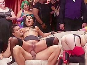 BDSM,Orgía