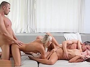 Cuarteto,Grupo,Tetas pequeñas