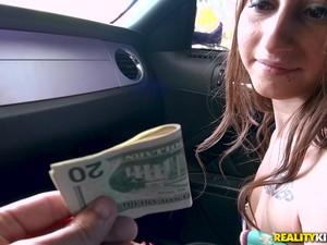Araba,Para,Gerçek