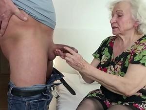 Nenek,Wanita dewasa