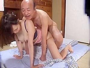 Japon pornosu,Süt,İhtiyar adam,Trans