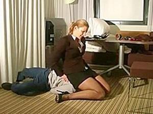 Yüze oturma,Alman porno,Uzun çorap,Genç