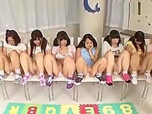 Pornô asiático,Surubas,Pornô japonês,Masturbação,Jovens,Debaixo da saia,Voyeur