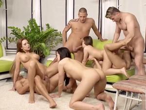 Joc,Sex in grup