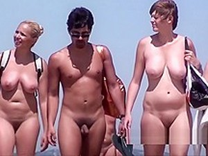 Big Hairy Pussy Lips Nude Amatateur Milf Spy Voyeur