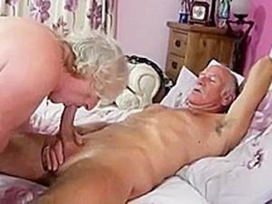 Amateur,Großvater,Reifen,Ehefrau
