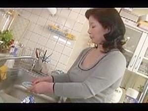 Азиатская мама,Японское порно,Мамы
