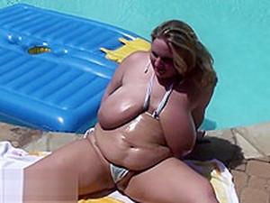 Huge Hangers On The Blonde Bikini Contestant